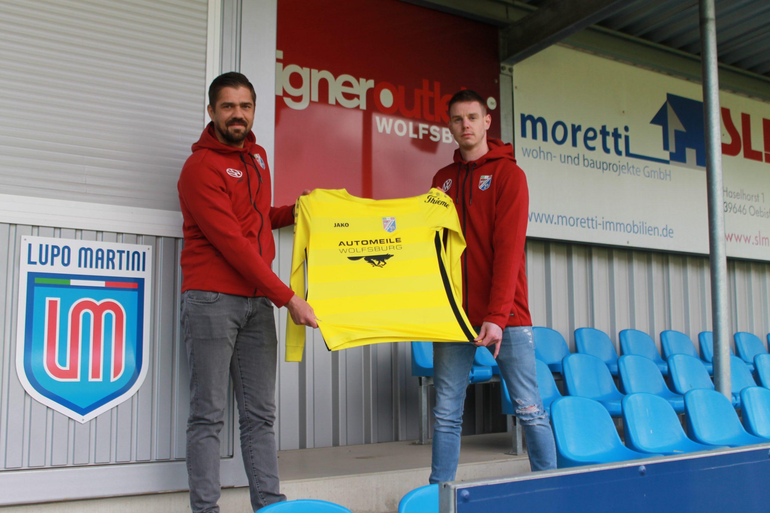 Unser Sportlicher Leiter Lennart Gutsche (li.) mit dem neuen Torwarttrainer Marcus Müller.